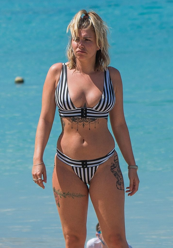 Olivia Buckland Hits The Beach In A Black And White Bikini (57 Photos + Video)