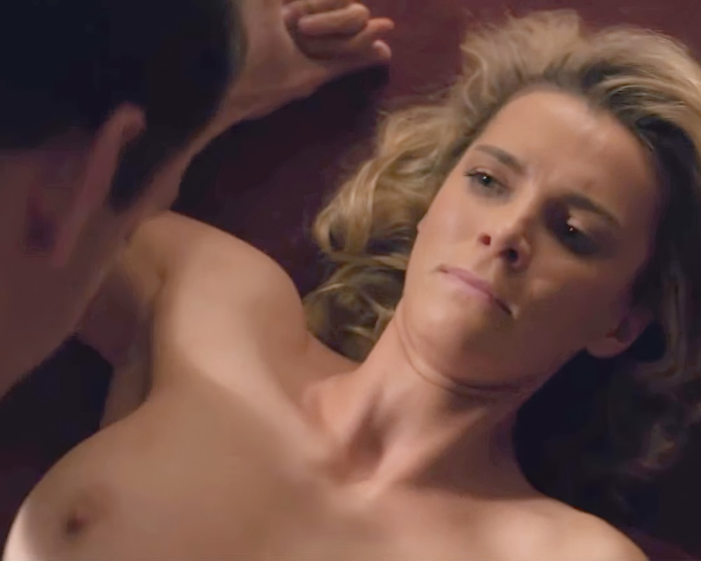 "Betty Gilpin Nude Sex Scene From ""Glow"""